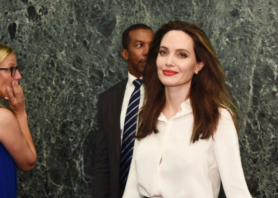Анджелина Джоли - фото 80213