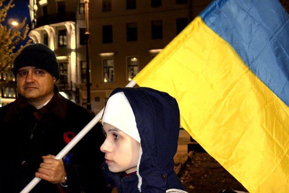 Акция в поддержку крымских татар - фото 91330
