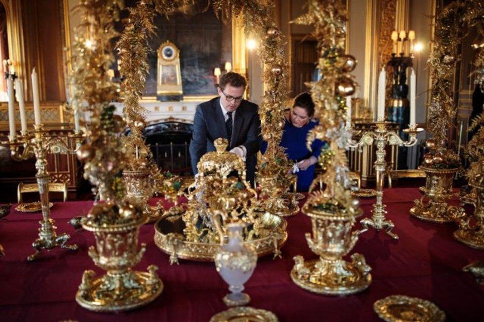 К Рождеству готовы: королевская семья украсила Виндзорский замок - фото 92769