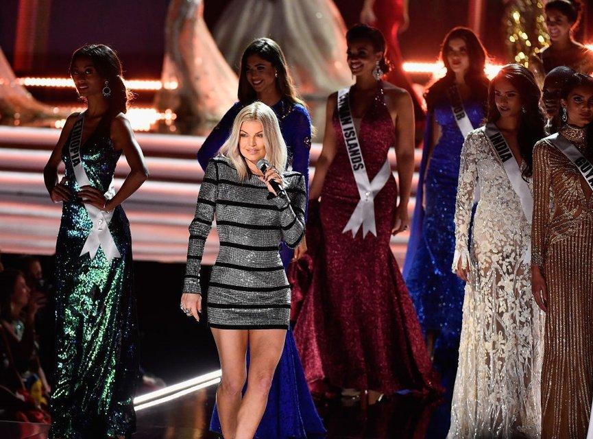 'Мисс Вселенная 2017' стала красавица из ЮАР (фоторепортаж) - фото 92838