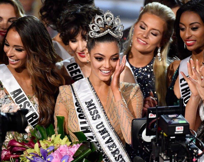 'Мисс Вселенная 2017' стала красавица из ЮАР (фоторепортаж) - фото 92829