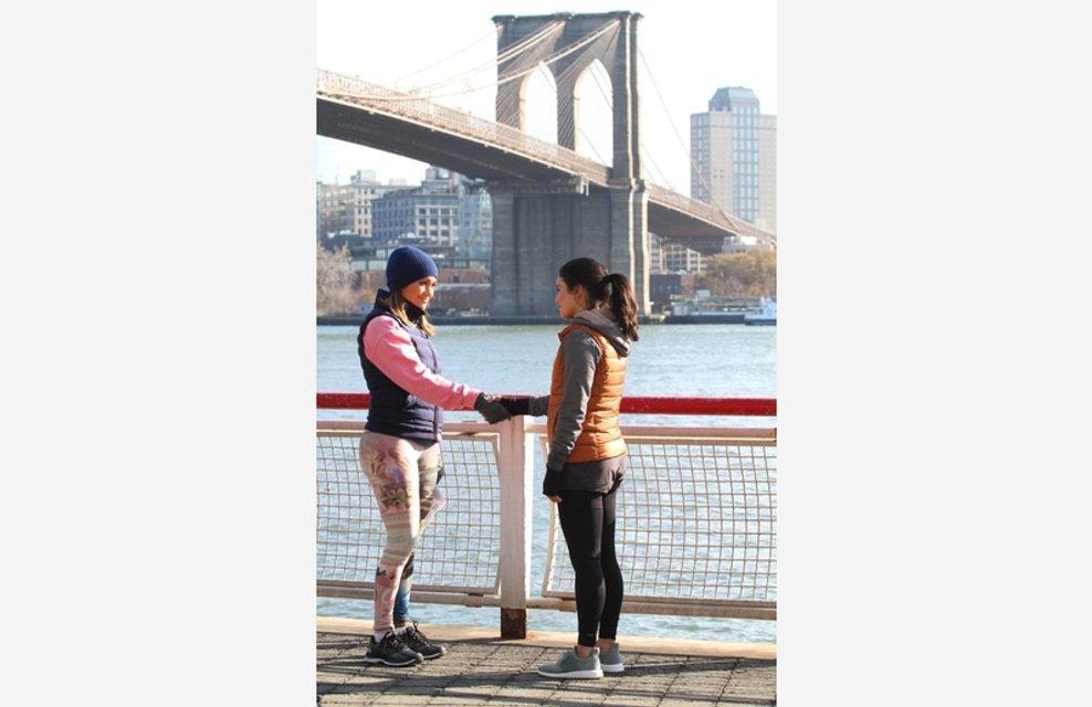 Дженнифер Лопес и Ванесса Хадженс устроили пробежку на набережной Нью-Йорка - фото 93312