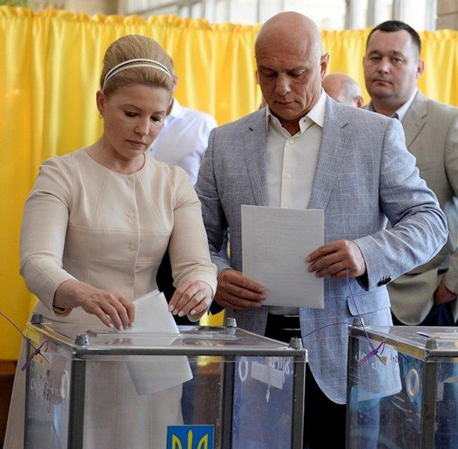 2014: на выборах президента в 2014 году - фото 93095