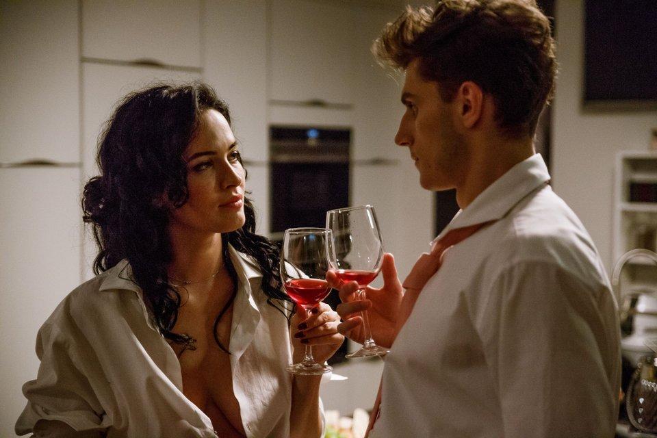 'Свингеры': Полякова рассказала, что ее шокировало в съемках эротического фильма - фото 91421