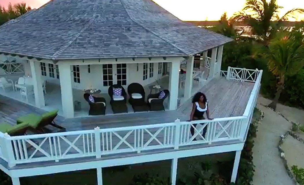 Свадебный месяц в раю: Серена Уильямс и Алексис Оганян побывали на Багамах - фото 93469