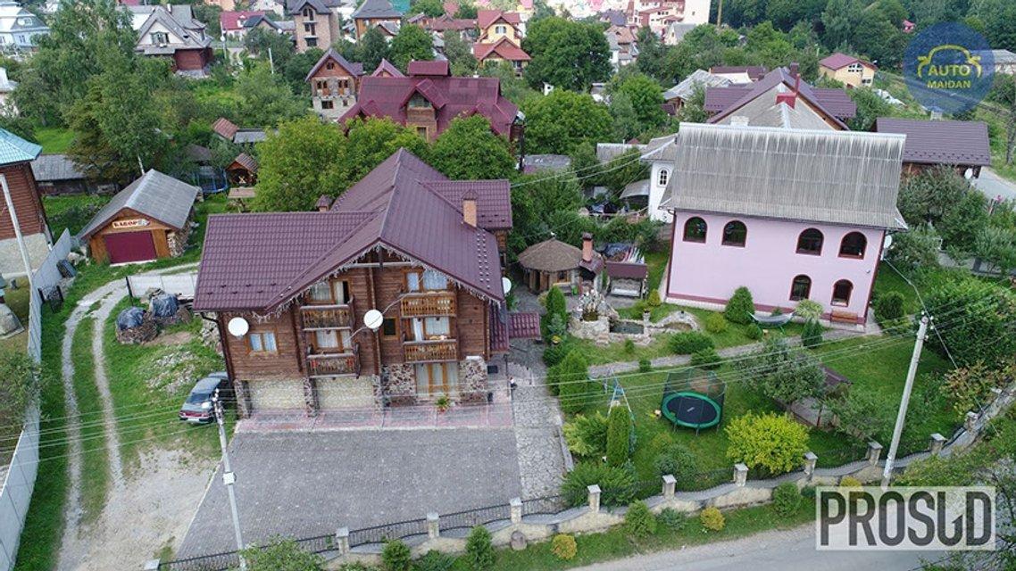 Як зампрокурора Івано-Франківської області займається незадекларованим готельним бізнесом - фото 86515