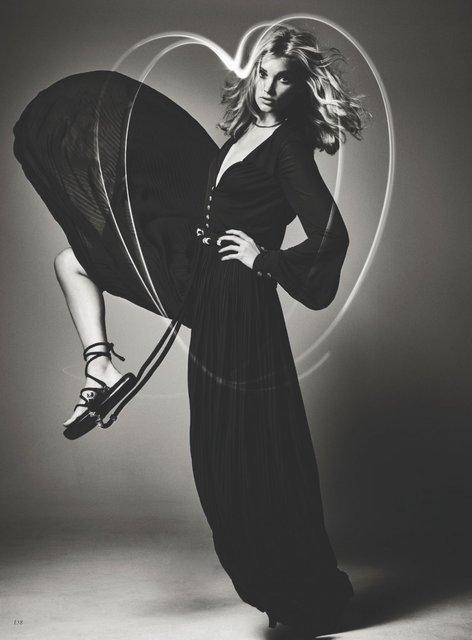 Сексуальная Ельза Хоск снялась в поразительной фотосессии для глянца - фото 88656