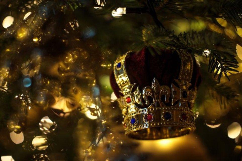 К Рождеству готовы: королевская семья украсила Виндзорский замок - фото 92773