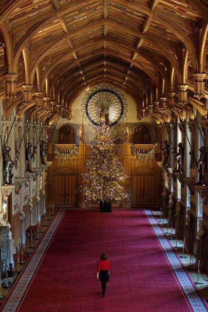 К Рождеству готовы: королевская семья украсила Виндзорский замок - фото 92771