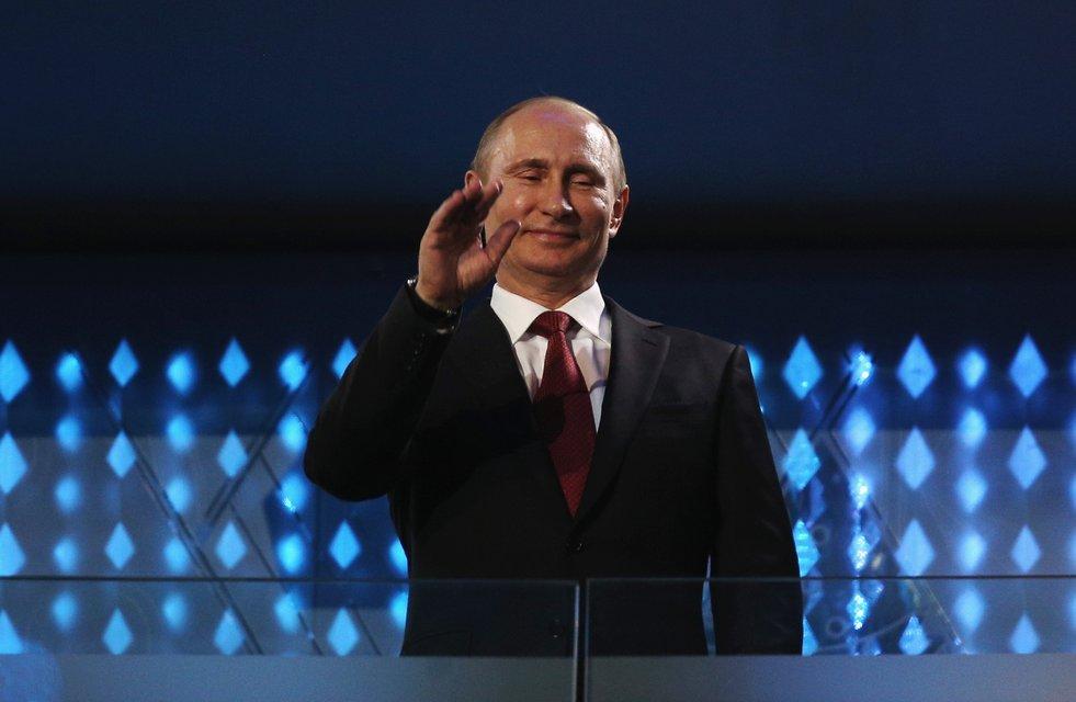 Відлуння Путініади: Крізь молитву до Сталіна до повної спортивної ізоляції - фото 93264