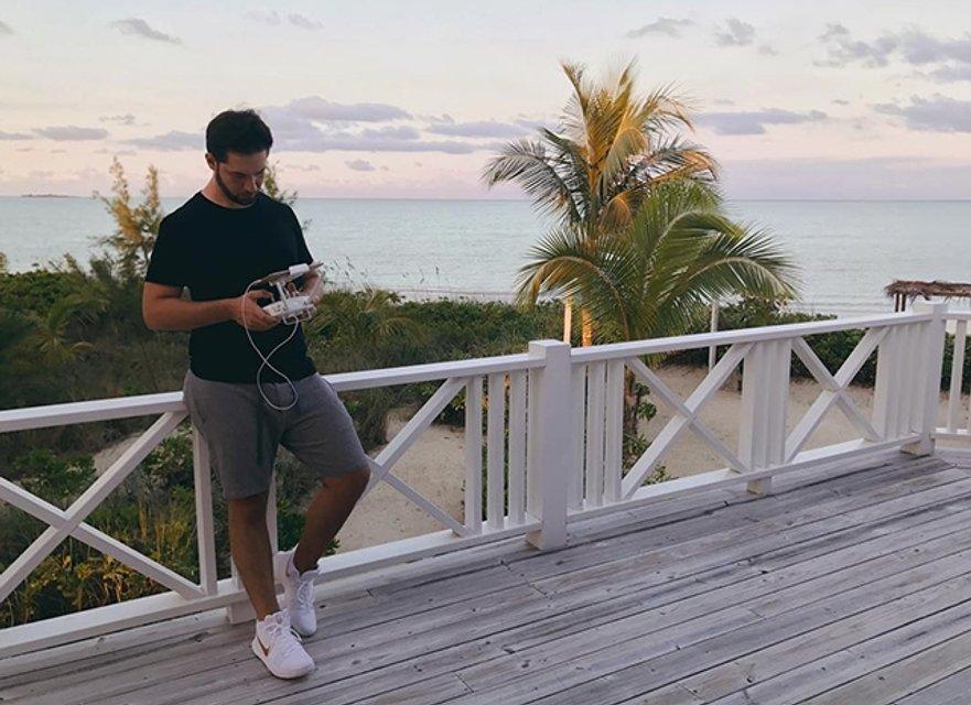 Свадебный месяц в раю: Серена Уильямс и Алексис Оганян побывали на Багамах - фото 93470