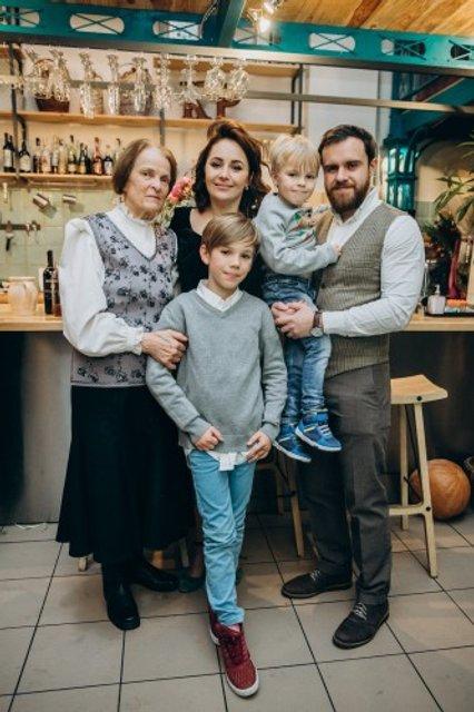 Даша Малахова отметила 40-летие в собственном ресторане (фото) - фото 95210