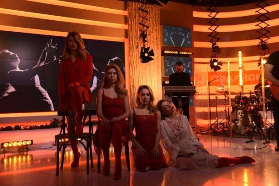 Тина Кароль дала концерт в прямом эфире (видео) - фото 99848