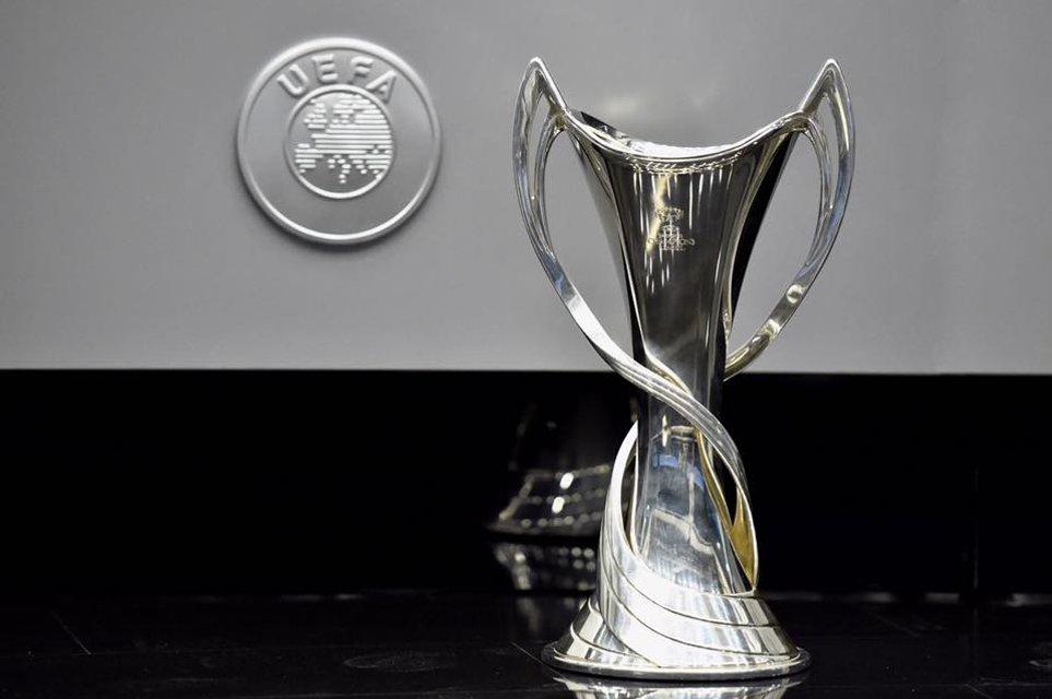 Финал Лиги чемпионов-2018: в Киеве презентовали логотип и кубки - фото 96585