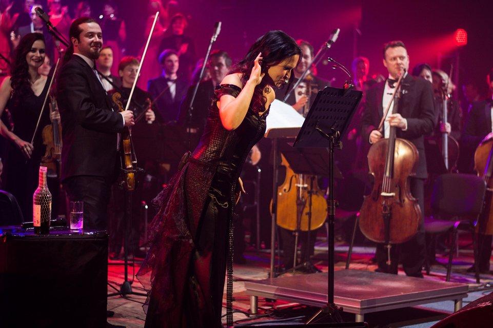 Тарья Турунен выступила в Киеве в рамках Christmas Tour 2017 - ФОТО - фото 99518