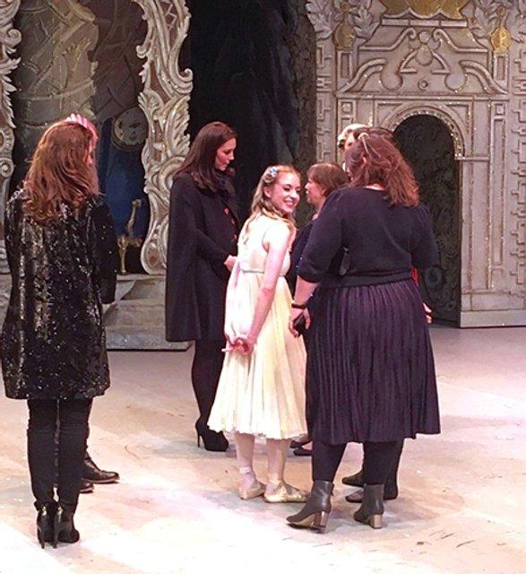 Кейт Миддлтон неожиданно пришла на балет 'Щелкунчик' (фото) - фото 98858