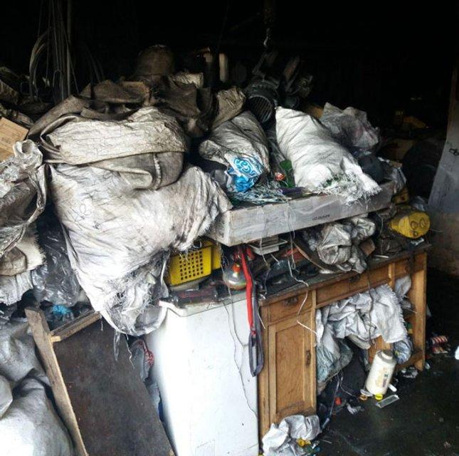 Пожар на складе, погибли люди - фото 94571