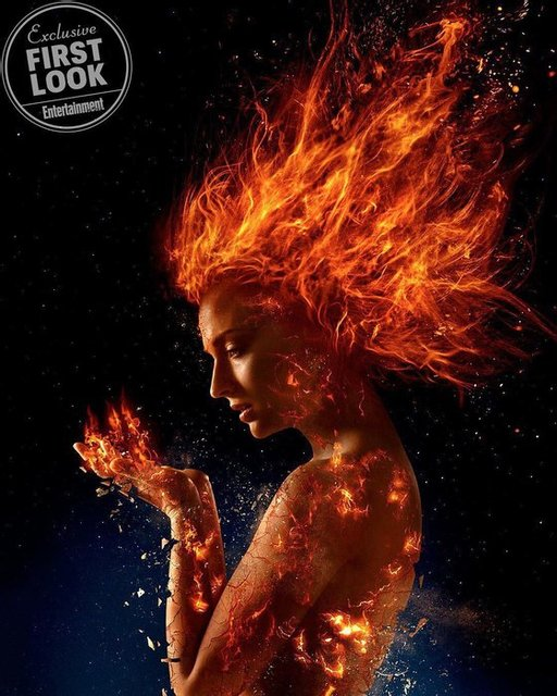 Софи Тернер топлес появилась на обложке модного глянца - фото 96213