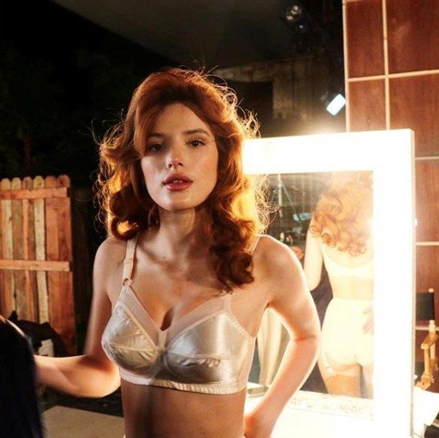 Белла Торн опубликовал интимные фото в белье, 18+ - фото 99590