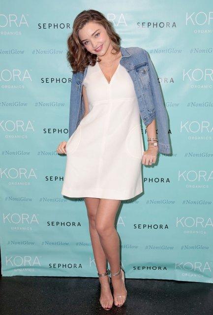 Миранда Керр впервые вышла в свет после объявления о беременности (фото) - фото 94833