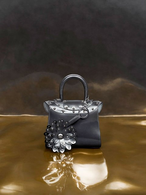 В Бельгии выпустили коллекцию сумок по мотивам 'Игры престолов' - фото 94599