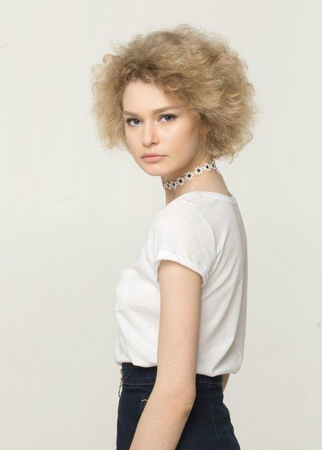 Топ-модель по-украински 4 сезон 16 выпуск: проект покинула Лена Феофанова - фото 97450