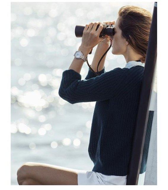Алессандра Амбросио разделась для рекламы часов с бриллиантами - фото 95064