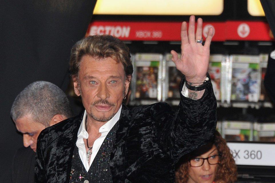 Во Франции умер рок-легенда Джонни Холлидей - фото 95241
