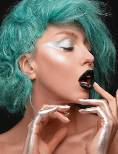 Оля Полякова рассталась с платиновым цветом волос (фото) - фото 100084