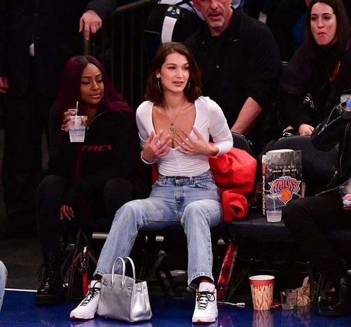 Белла Хадид соблазнила баскетболистов - фото 97573