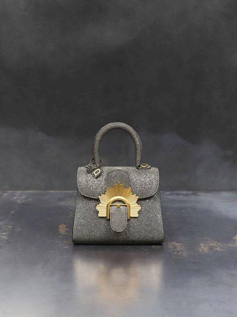 В Бельгии выпустили коллекцию сумок по мотивам 'Игры престолов' - фото 94601