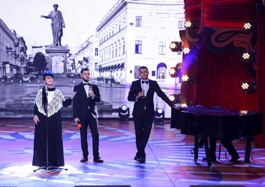 В 'Лиге смеха' покажут пародию на 'Танцы со звездами' и вернут Юрия Ткача на паркет - фото 95877