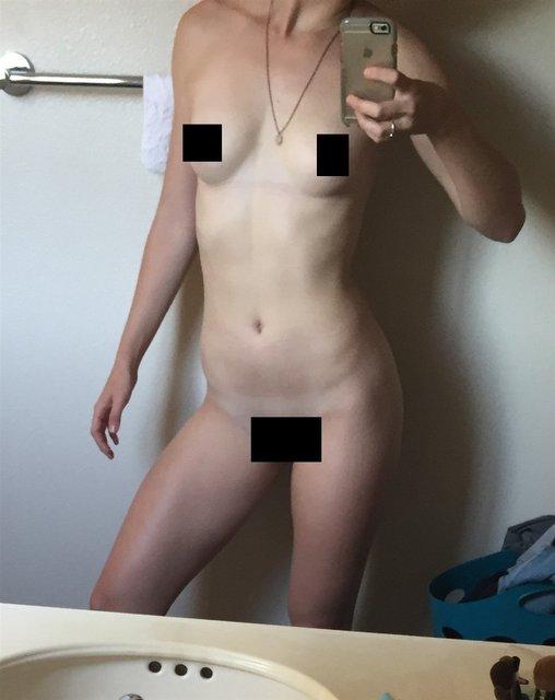 Интимные фото обнаженной звезды сериала Под куполом Маккензи Линтц попали в сеть, 18+ - фото 98345