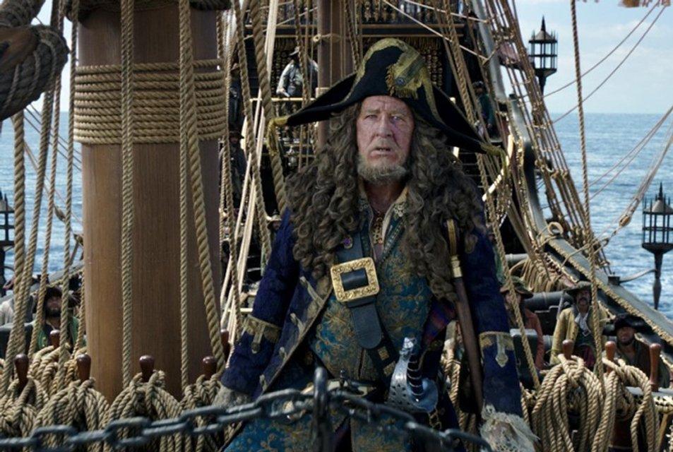 Звезда Пиратов Карибского моря со скандалом покинул Киноакадемию Австралии - фото 94762