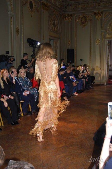 В прозрачном платье и без бюстгальтера: Дочь Михаила Добкина стала моделью (фото) - фото 94312