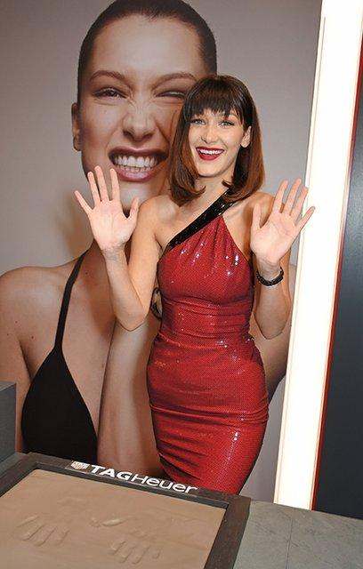 Белла Хадид стала  лицом часового бренда - фото 96052