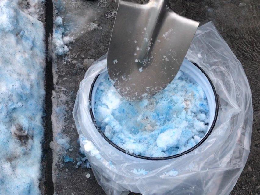 Синий снег в Петербурге - фото 99433