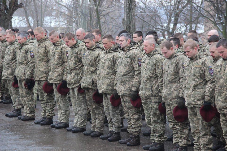 Открытие памятника погибшим защитникам Украины - фото 103486