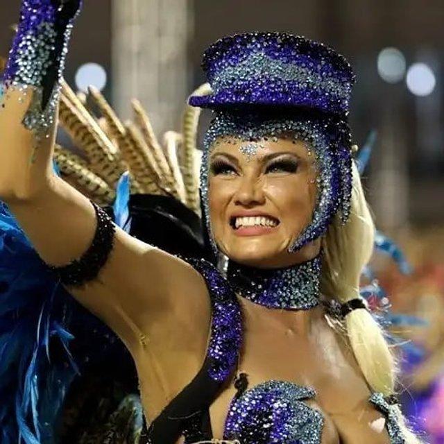 В Рио-де-Жанейро стартовал знаменитый карнавал (фото, видео) - фото 107778