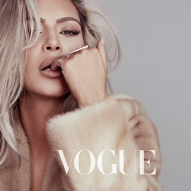 Шикарная Ким Кардашьян украсит обложку Vogue - фото 107504