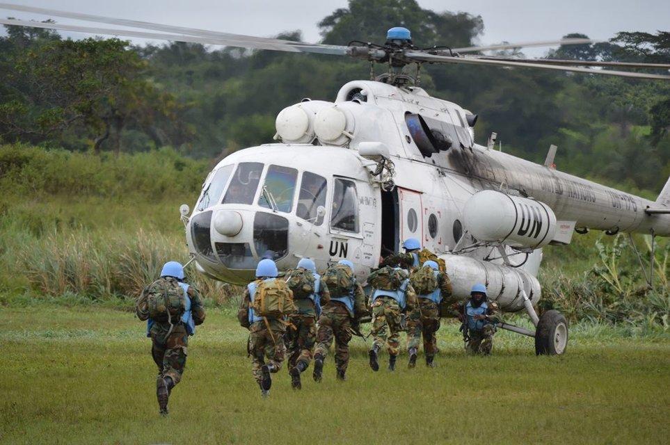 Украинские миротворцы завершили 14-летнюю миссию в Либерии - фото 107746