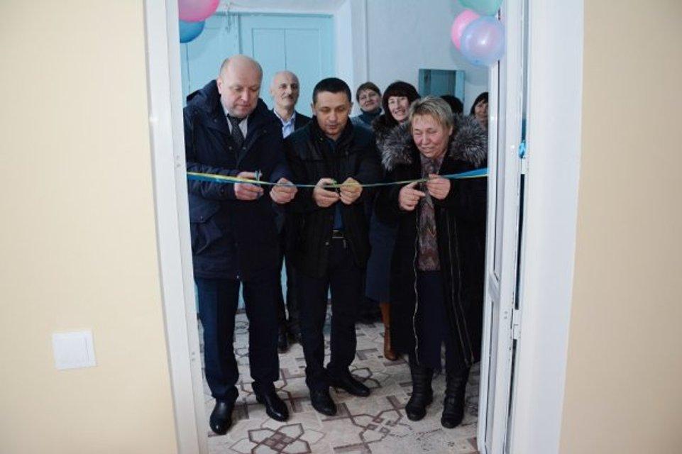В школе Винницкой области чиновники помпезно открыли туалет - фото 108126