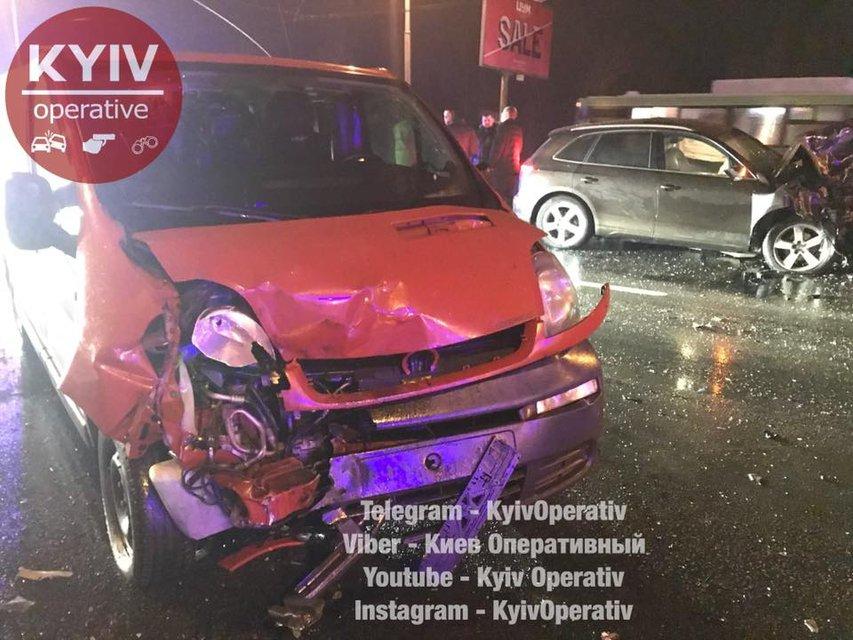 ДТП на проспекте Шухевича, погибли два человека - фото 106339