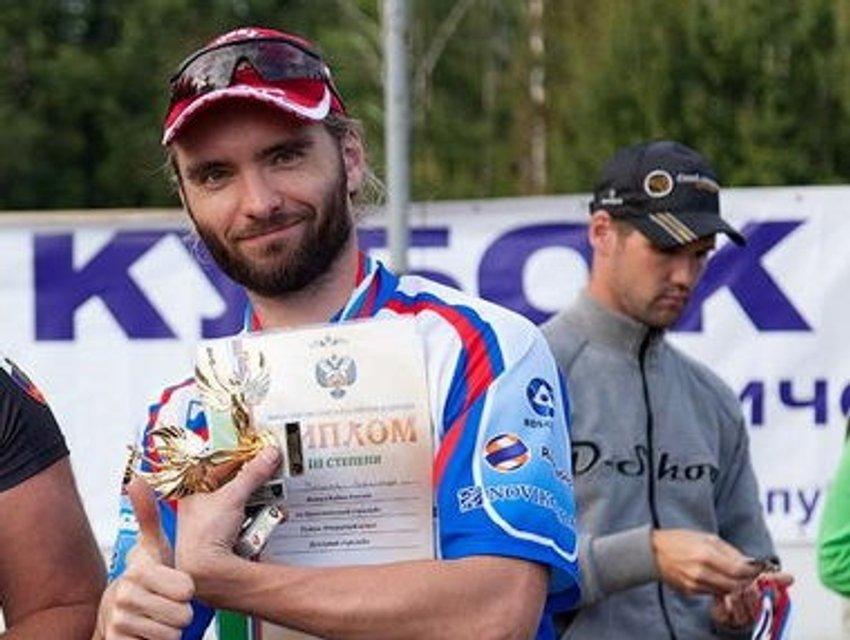 Двукратный чемпион РФ в дуэльной стрельбе из ружья Александр Заличев  - фото 106067