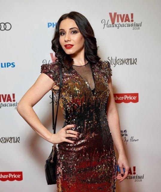 Биография и фото Янины Андреевой - актрисы сериала 'Школа' - фото 107268