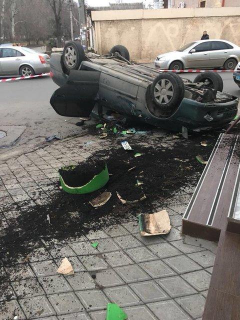 С погоней и ДТП: одесские полицейские задержали грузинского 'вора в законе' - фото 108450