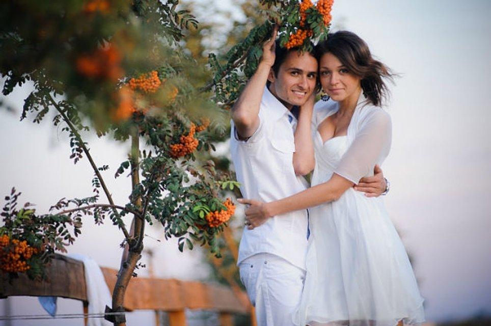 Актеры Лиги смеха и Квартала 95 рассказали свои истории любви ко Дню влюбленных - фото 108602