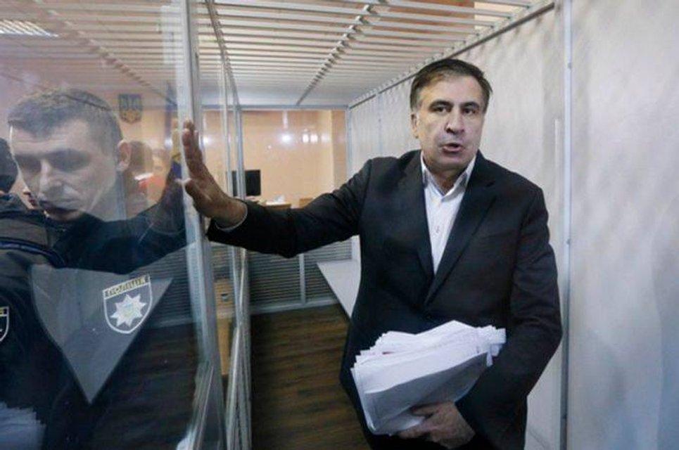 С виду шут - в душе король: Почему шоу Саакашвили рискует стать бесконечным - фото 107796