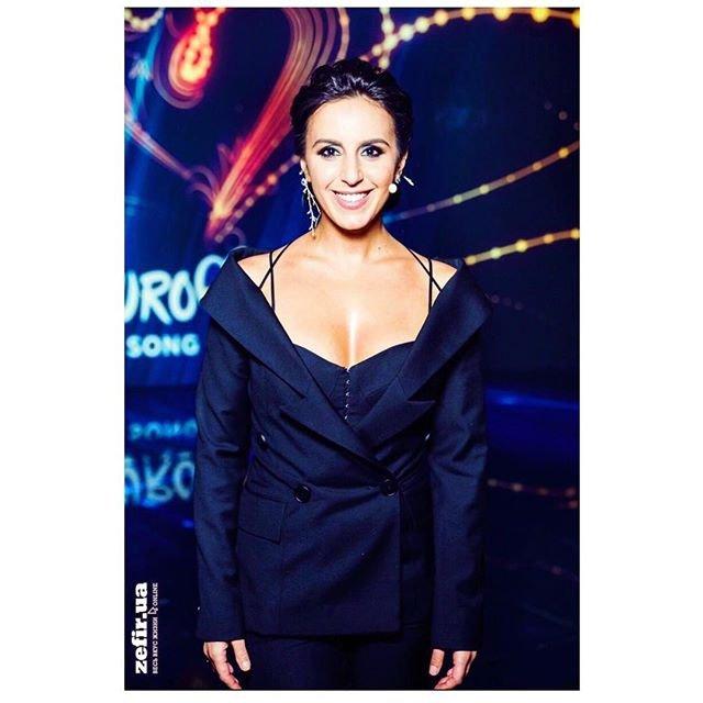 Отбор на Евровидение 2018 Украина: Джамала призвала поклонников выбирать лучшую песню - фото 107756
