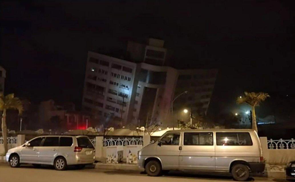 Жертвы и разрушения: На Тайване произошло мощное землетрясение - фото 106930
